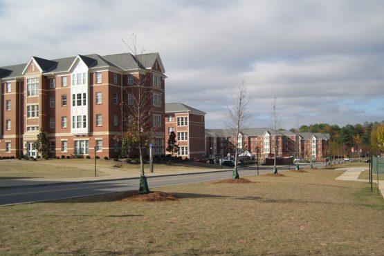 AU-Housing3